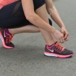 ランニングシューズの靴紐が気になる人におすすめ!今はやりのランニングシューズとは?